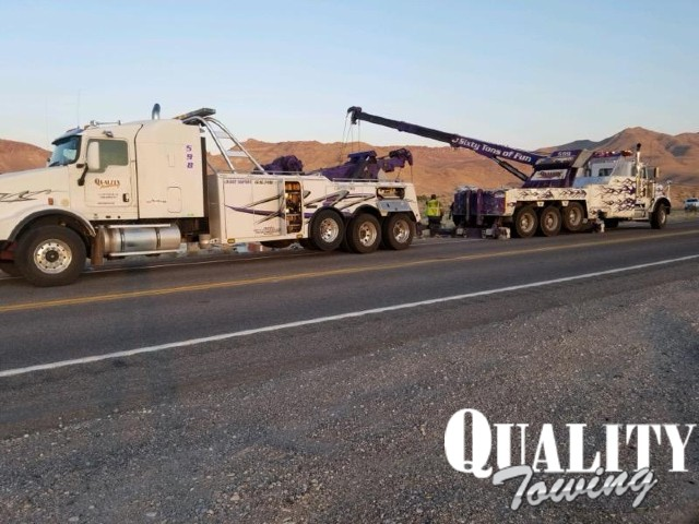 Heavy duty towing rotator and wrecker